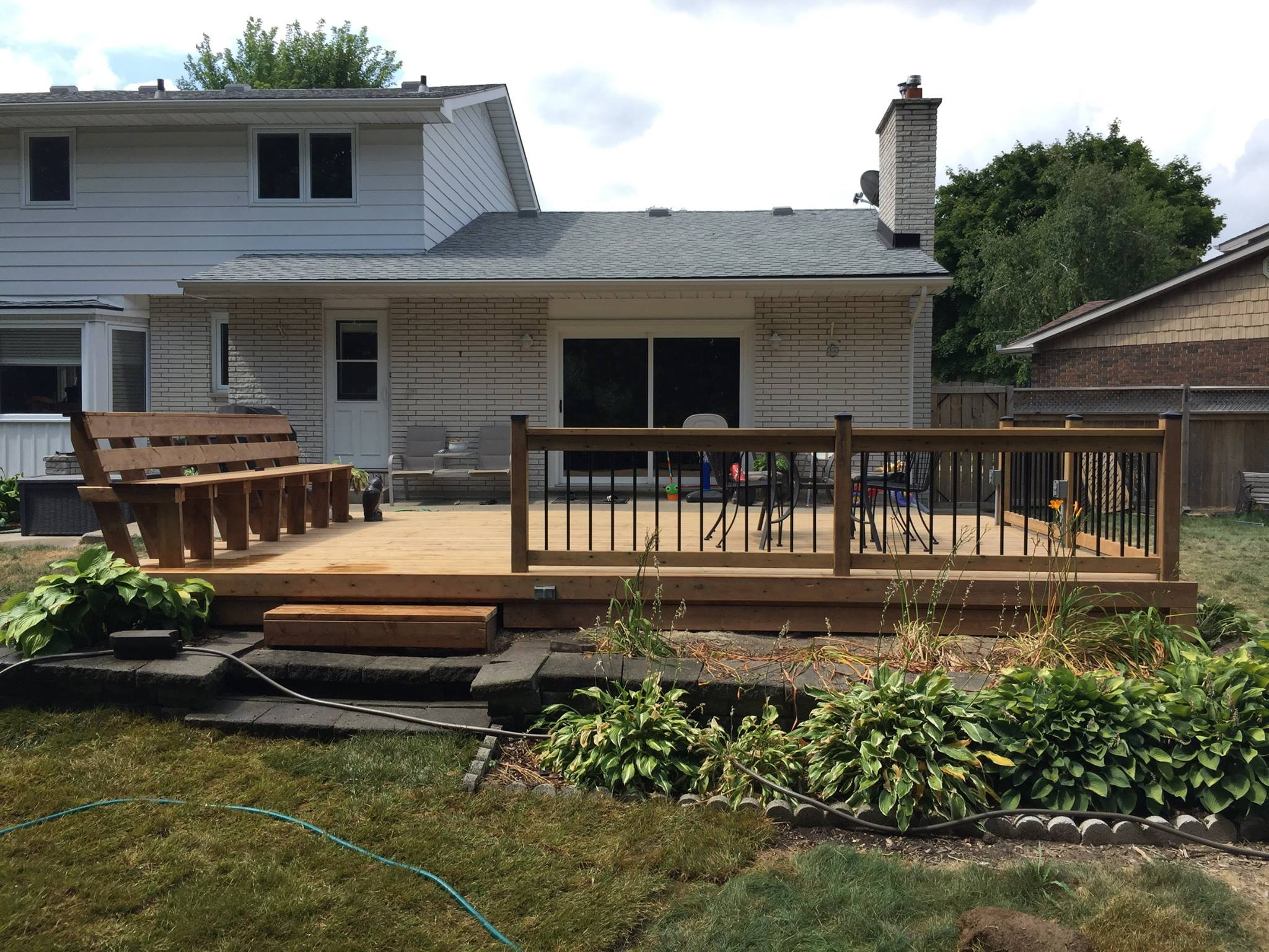 Deck builders in Sarnia
